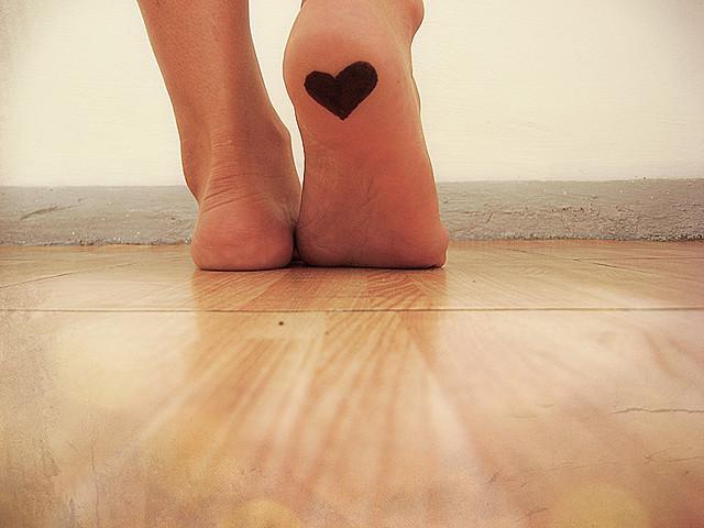 足の臭いを消す方法